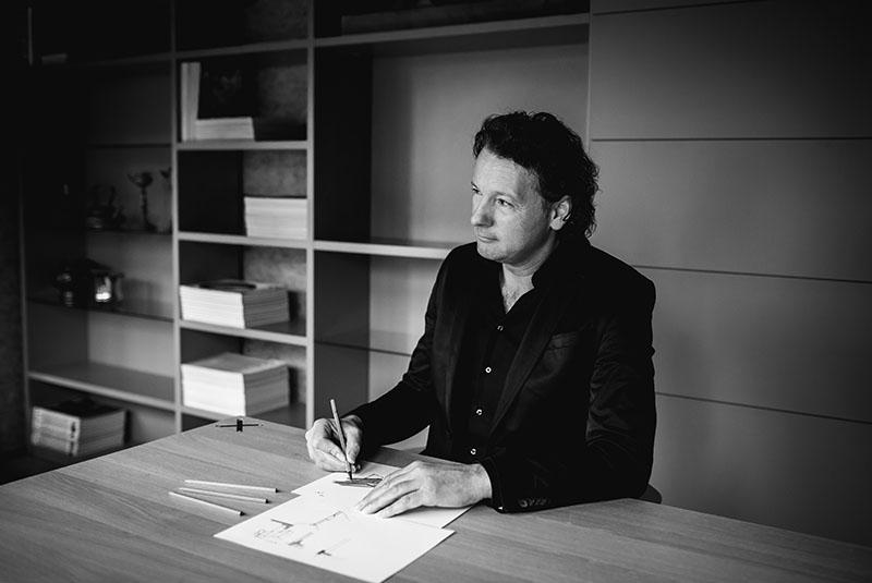 Designer van Cespo, John van de Pol