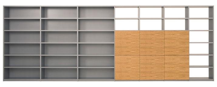 Design boekenkast Container in grijs met open vakken en zebrano deuren