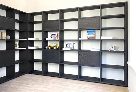 24-2-design-boekenkast-container-eiken-wenge